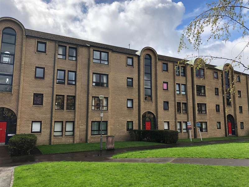 2 Bedrooms Flat for sale in Overnewton Square, Yorkhill, Glasgow