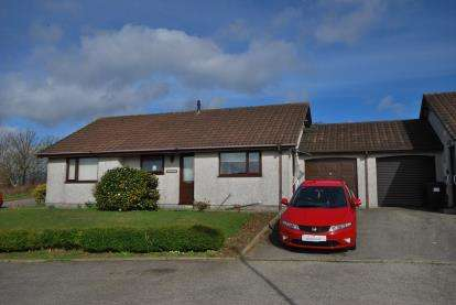 3 Bedrooms Bungalow for sale in Redruth, Cornwall, U.K.