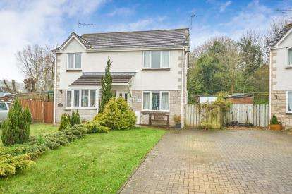 3 Bedrooms Semi Detached House for sale in Millbrook, Torpoint, Cornwall
