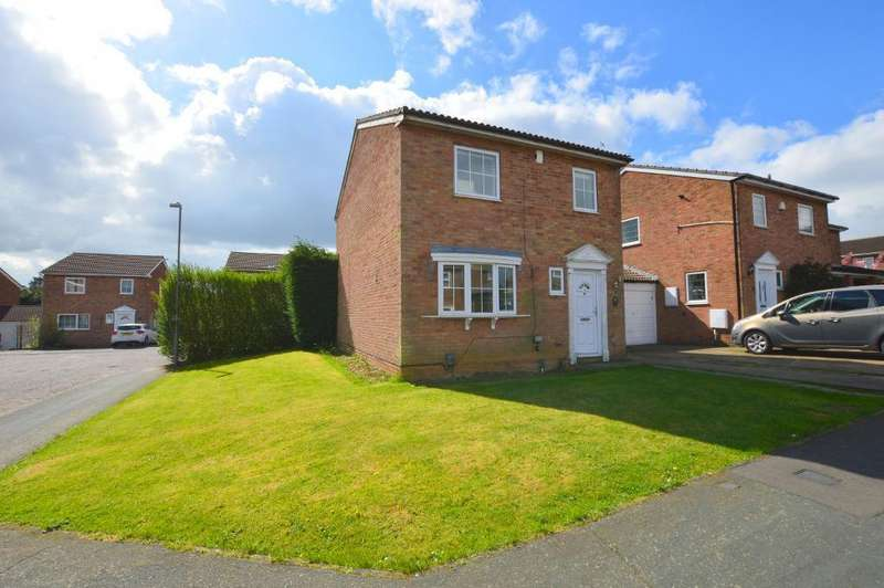 3 Bedrooms Link Detached House for sale in Hickling Close, Wigmore, Luton, LU2 9SL