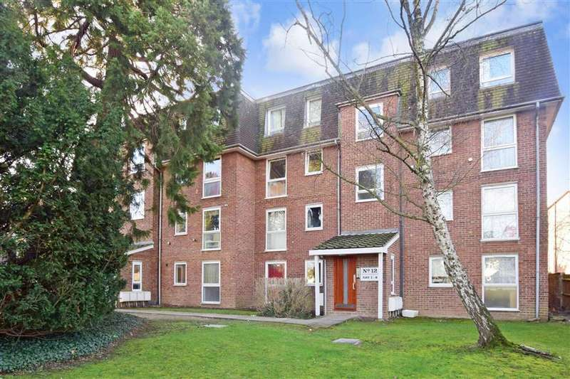 2 Bedrooms Ground Flat for sale in All Saints Road, Sutton, Surrey