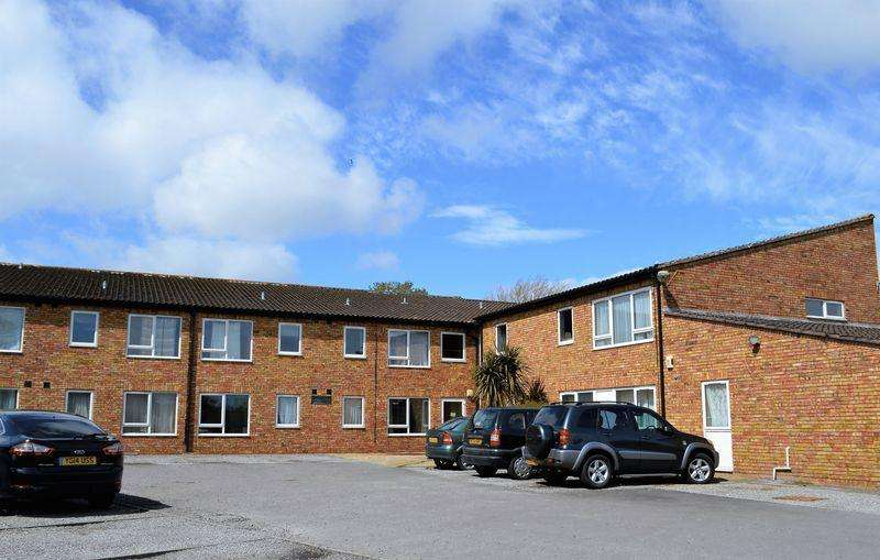 Apartment Flat for sale in St. Stephens Close, Southmead