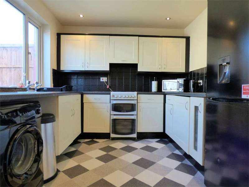 2 Bedrooms Terraced House for sale in Rolleston Road, BLACKBURN, Lancashire