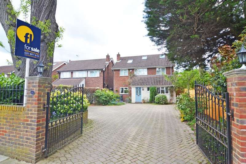 5 Bedrooms Detached House for sale in St James's Road, Hampton Hill, TW12
