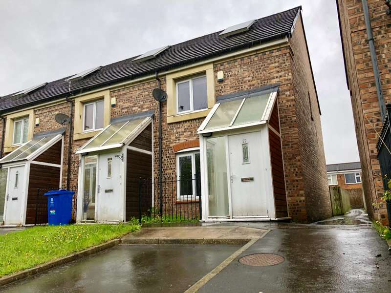 2 Bedrooms Semi Detached House for sale in Cardigan Road, Hollingwood, Oldham