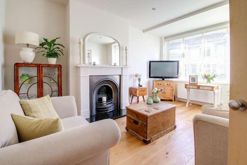 3 Bedrooms Terraced House for sale in St Andrews Road, Portslade, East Sussex, BN41 1DE