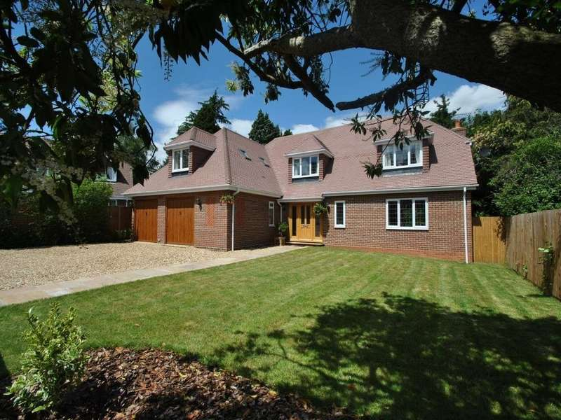 4 Bedrooms Detached House for rent in Astley Close, Wokingham