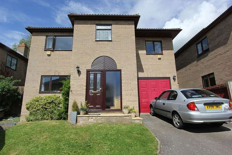 4 Bedrooms Detached House for sale in 20, Astley Close, Sutton, Ely, Cambridgeshire, CB6 2PG