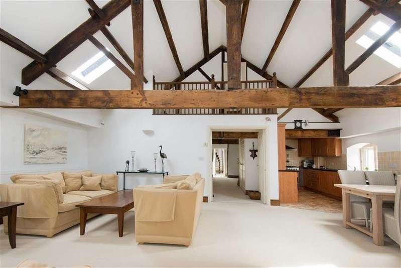 3 Bedrooms Flat for sale in Penthouse Apartment, 1 The Old Malthouse, The Bank, Stoney Middleton, Hope Valley, Derbyshire, S32