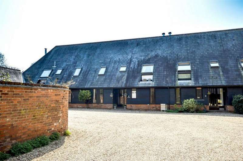 4 Bedrooms Barn Conversion Character Property for sale in 2 South Barn, Chrishall Grange, Heydon, Nr Royston