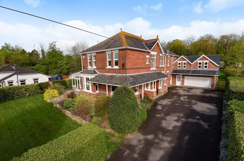 7 Bedrooms Detached House for sale in Lower Road, Old Bedhampton, PO9