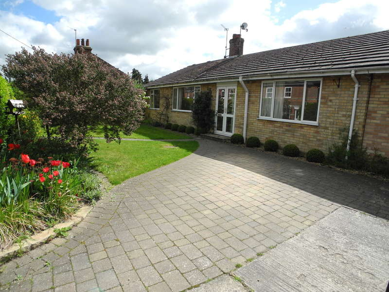 4 Bedrooms Detached Bungalow for sale in Southend Road, Bungay