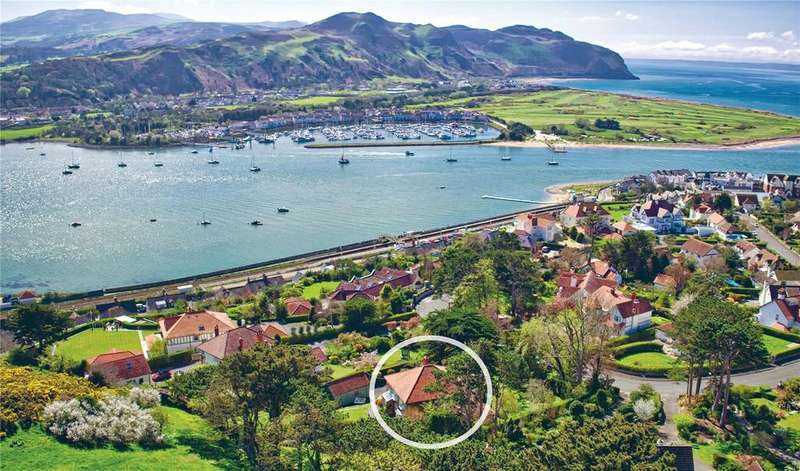 5 Bedrooms Detached House for sale in Gannock Park, Deganwy, Conwy, LL31