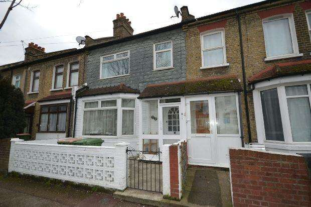 3 Bedrooms Terraced House for sale in Alexandra Road, East Ham, E6