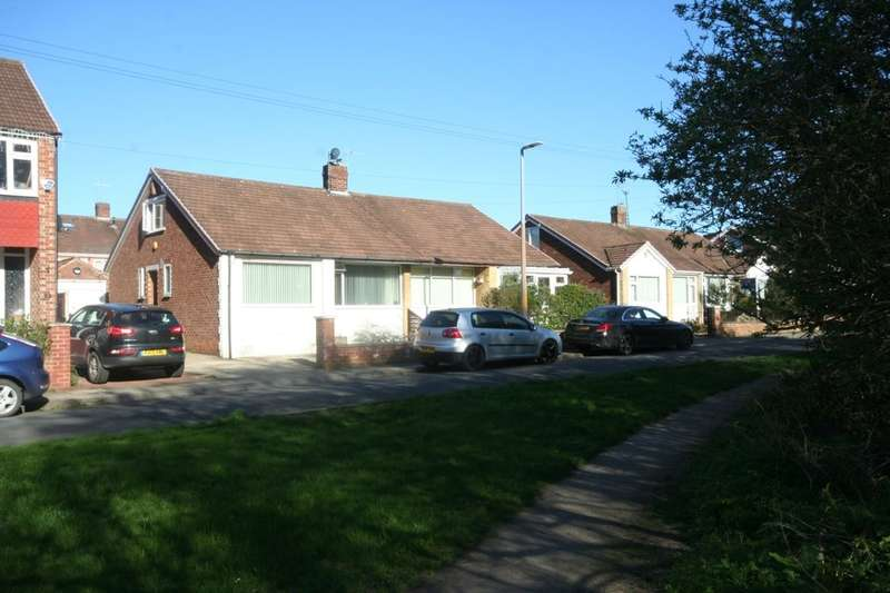 2 Bedrooms Semi Detached Bungalow for sale in Canton Gardens, Brookfield, Middlesbrough, TS5