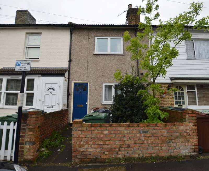 1 Bedroom Flat for sale in Beulah Road, Walthamstow Village, London, E17 9LQ
