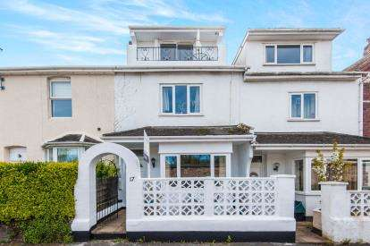 3 Bedrooms Terraced House for sale in Newton Abbot, Devon, United Kingdom