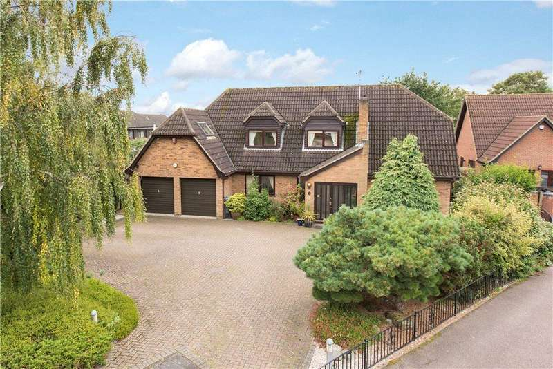4 Bedrooms Detached House for sale in Troon Close, Bedford, Bedfordshire