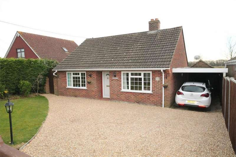 3 Bedrooms Detached Bungalow for sale in Southend Road, Bradfield South, READING, Berkshire