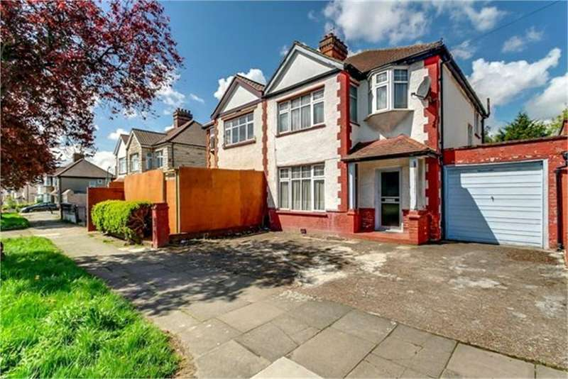 3 Bedrooms Semi Detached House for sale in Elm Way, London