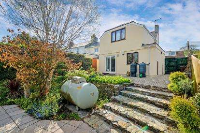 3 Bedrooms End Of Terrace House for sale in St. Newlyn East, Newquay, Cornwall