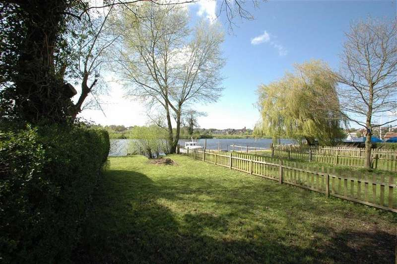 Land Commercial for sale in Sandy Lane, Chester