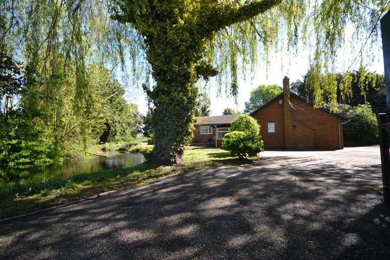 7 Bedrooms Bungalow for sale in Southminster Road, Althorne, Chelmsford