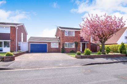 4 Bedrooms Detached House for sale in Harington Green, Formby, Liverpool, Merseyside, L37