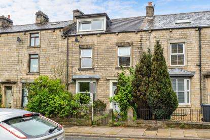 4 Bedrooms Terraced House for sale in South Road, Lancaster, Lancashire, LA1