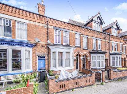 3 Bedrooms Terraced House for sale in Daneshill Road, Leicester, Leicestershire