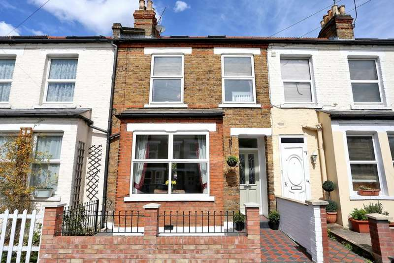 4 Bedrooms House for sale in Framfield Road, Hanwell, W7