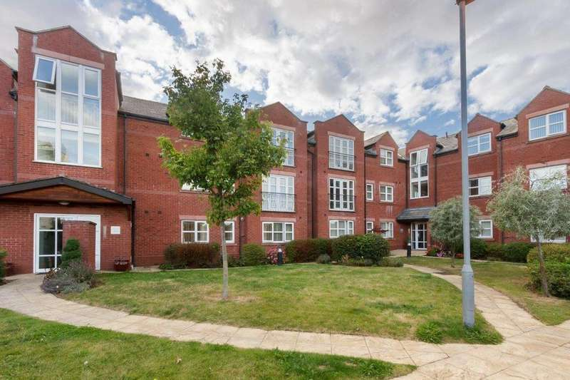 3 Bedrooms Apartment Flat for rent in Lime Grove, Seaforth, Liverpool