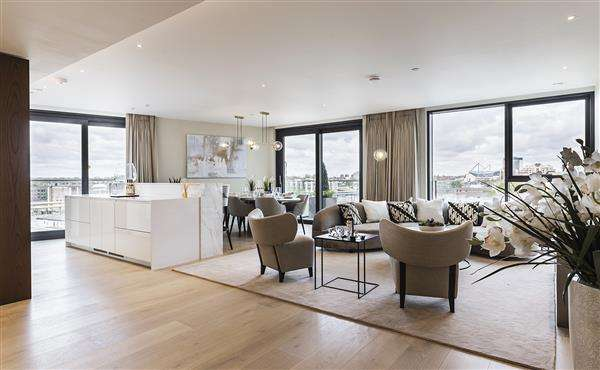 3 Bedrooms Flat for sale in CHELSEA ISLAND, CHELSEA, SW10