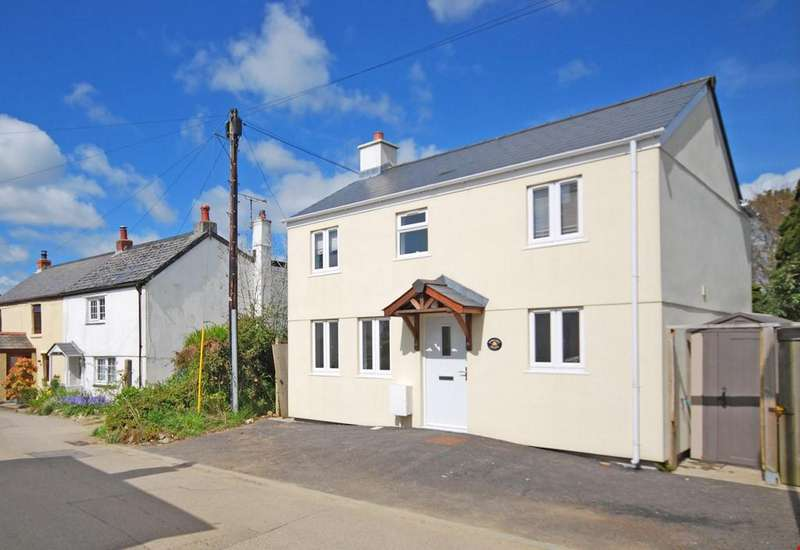 2 Bedrooms Detached House for sale in Trispen, Nr. Truro, Cornwall, TR4