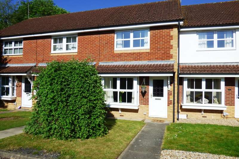 2 Bedrooms Terraced House for sale in Constable Close, Woodley