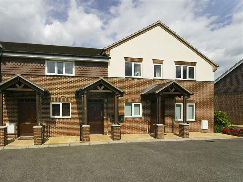 2 Bedrooms Property for sale in Green Lane, Windsor, Berkshire