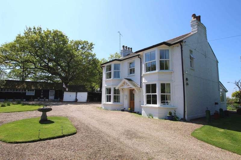 4 Bedrooms Detached House for sale in Sporhams Lane, Danbury