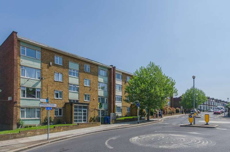 2 Bedrooms Flat for sale in St Asaph Road, Nunhead, SE4