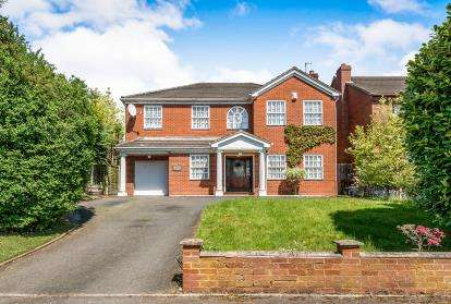 4 Bedrooms Detached House for sale in Holder Drive, Cannock, Staffordshire, Staffs