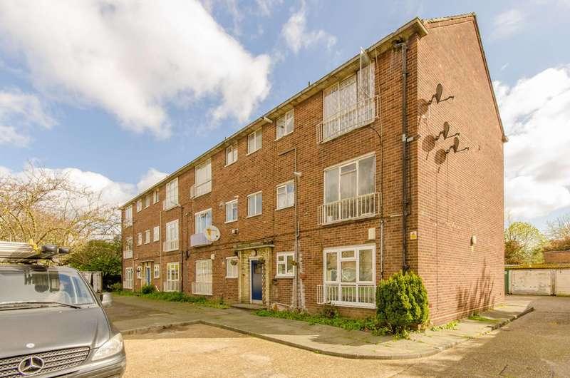 1 Bedroom Flat for sale in Balaam Street, Plaistow, E13