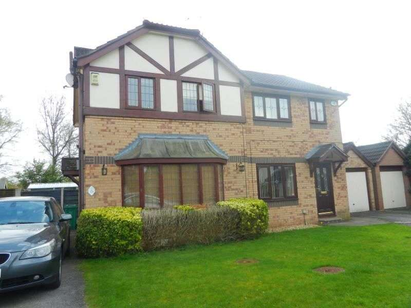 3 Bedrooms Property for rent in Goldcrest Close, Manchester, M22