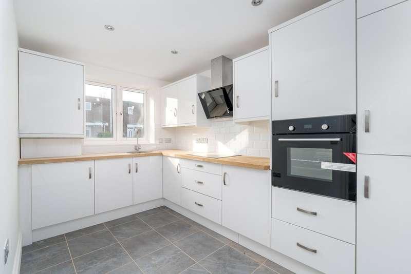 3 Bedrooms Property for sale in Scotswood Walk Tottenham London