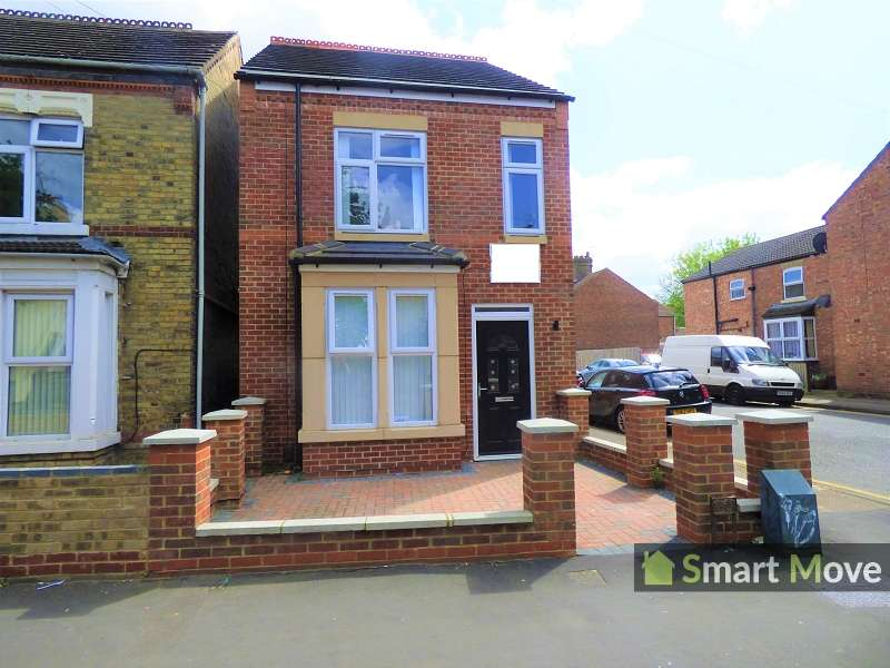 3 Bedrooms Detached House for sale in St. Pauls Road, Peterborough, Cambridgeshire. PE1 3DN