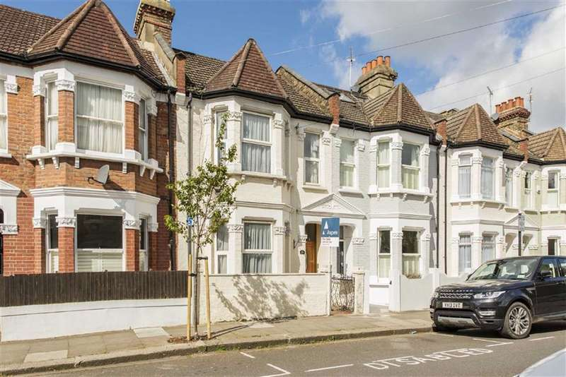 3 Bedrooms House for sale in Bronsart Road, Fulham, London, SW6