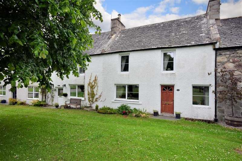 3 Bedrooms Terraced House for sale in Tomintoul