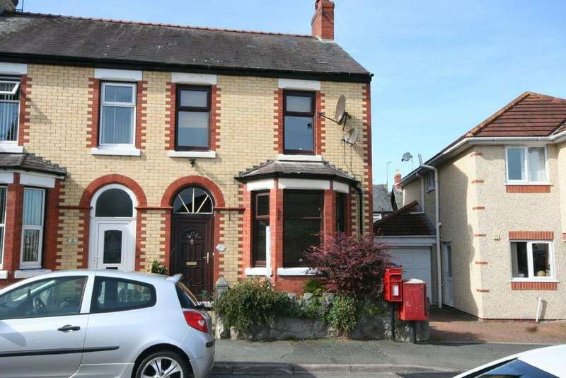 2 Bedrooms Terraced House for sale in Old Colwyn