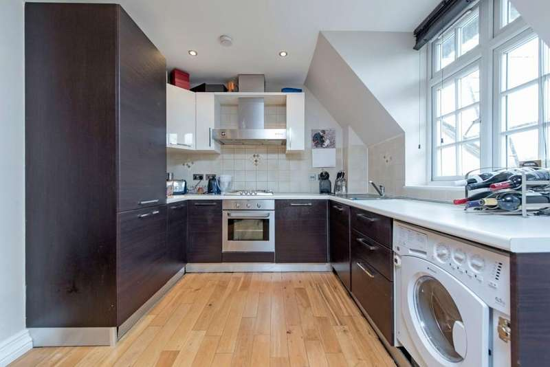 2 Bedrooms Flat for sale in Augustus Road, London