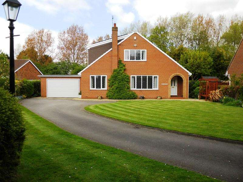 4 Bedrooms Detached House for sale in Clough Garth, Hedon, Hull