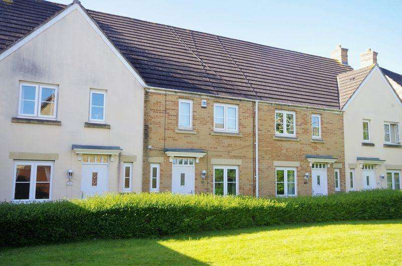 3 Bedrooms Terraced House for sale in The Pasture, Bradley Stoke, Bristol