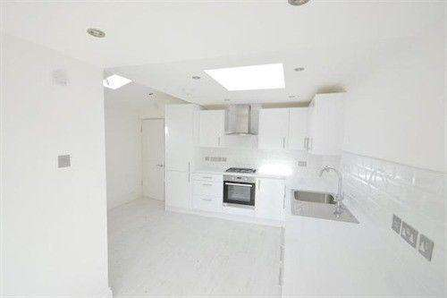 4 Bedrooms Terraced House for rent in Windmill Rd,Croydon,CR0